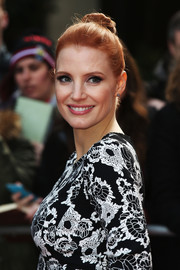 Jessica Chastain looked simply elegant wearing this classic bun at the Jameson Empire Awards.