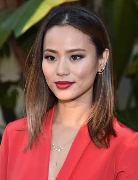 Jamie Chung Medium Straight Cut