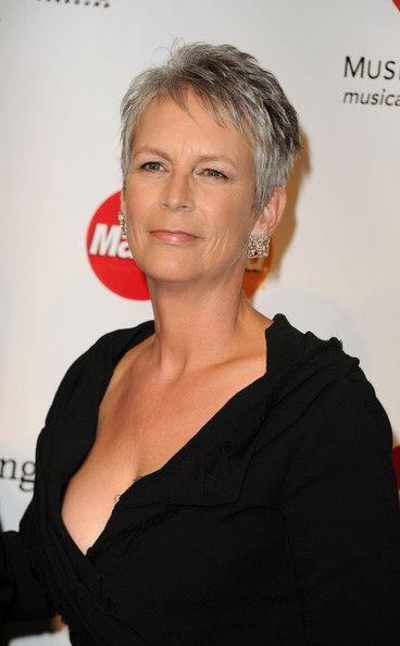 Jamie Lee Curtis Pixie [barbra streisand,jamie lee curtis,arrivals,musicares person of the year tribute to,musicares person of the year tribute,hair,face,hairstyle,chin,eyebrow,forehead,blond,lip,premiere,long hair,los angeles convention center,california]