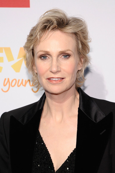 Jane Lynch Short Wavy Cut [hair,hairstyle,blond,eyebrow,beauty,chin,lip,premiere,white-collar worker,long hair,cindy hensley mccain,jane lynch,trevorlive,arrivals,ny,chelsea piers,trevor project,event]