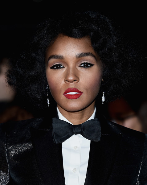 Janelle Monae Short Curls [moonlight,hair,face,eyebrow,lip,hairstyle,beauty,forehead,fashion,black hair,chin,janelle mon\u00e1e,screening,london,england,embankment garden cinema,competition,bfi london film festival,moonlight official competition]