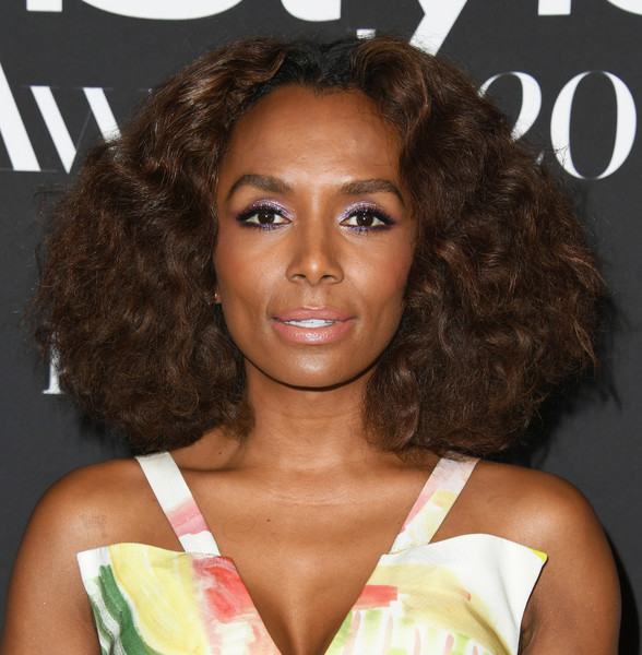Janet Mock Medium Curls [hair,hairstyle,eyebrow,ringlet,beauty,brown hair,lip,human,blond,long hair,arrivals,janet mock,instyle awards,the getty center,los angeles,california]