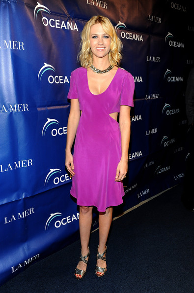January Jones Strappy Sandals [clothing,dress,cocktail dress,cobalt blue,electric blue,hairstyle,fashion,premiere,shoulder,footwear,arrivals,january jones,2009 partners award,oceana,los angeles,california,gala,2009 partners award gala]