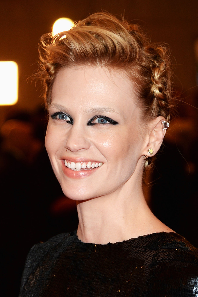january jones hair stylebistro january jones braided updo january jones hair looks