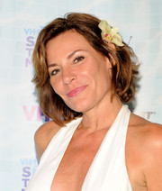 LuAnn de Lesseps attended the Hamptons Live benefit wearing her hair in a textured bob.
