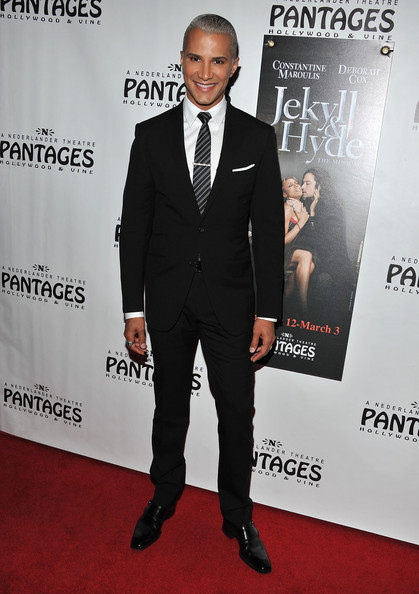 Jay Manuel Men's Suit
