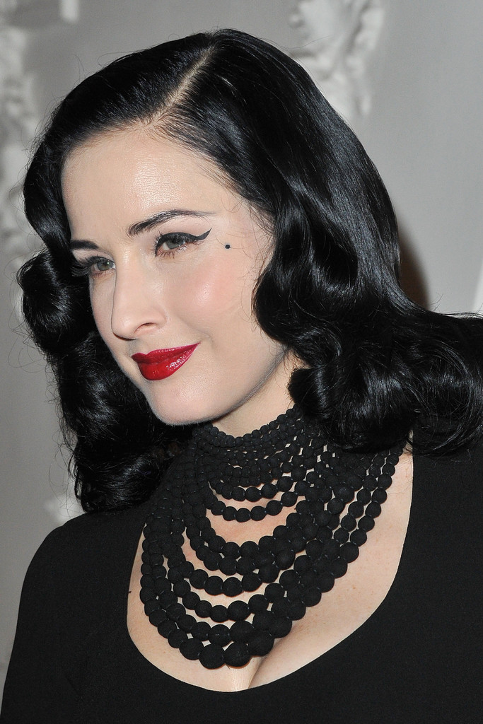 More Pics of Dita Von Teese Black Statement Necklace (1 of ...