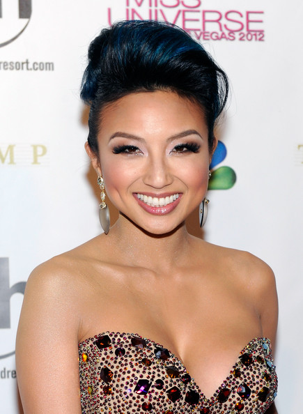 Jeannie Mai Pompadour [hair,face,hairstyle,eyebrow,skin,beauty,chin,eyelash,lip,black hair,arrivals,jeannie mai,fashion expert,television personality,las vegas,nevada,planet hollywood resort casino,miss universe pageant]