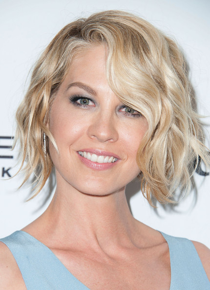 Jenna Elfman Short Wavy Cut [jenna elfman,marie claires,marie claires fresh faces party,hair,face,hairstyle,blond,chin,eyebrow,lip,layered hair,beauty,surfer hair,soho house,west hollywood,california,fresh faces party]