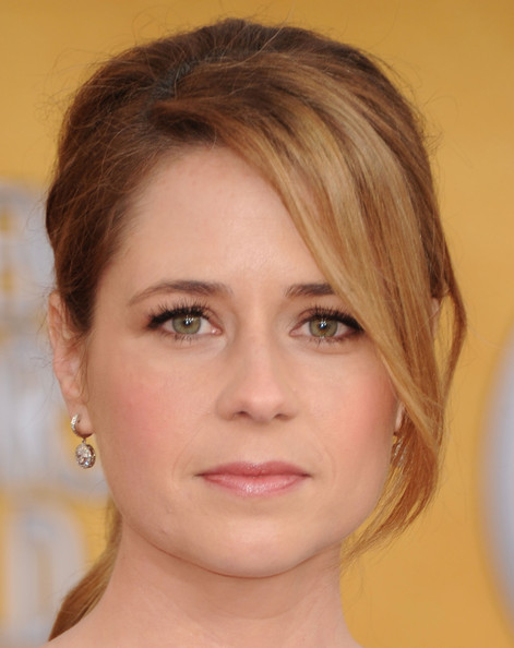 Jenna Fischer Dangling Diamond Earrings