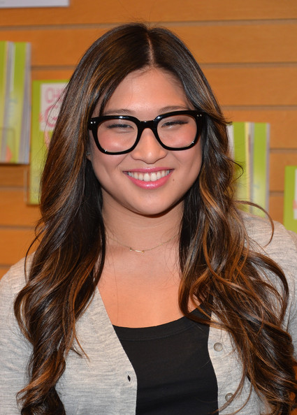 Jenna Ushkowitz Pink Lipstick [choosing glee,book,hair,eyewear,face,hairstyle,glasses,brown hair,hair coloring,long hair,beauty,eyebrow,jenna ushkowitz,author,santa monica,california,barnes noble 3rd street promenade,jenna ushkowitz book signing,signing]