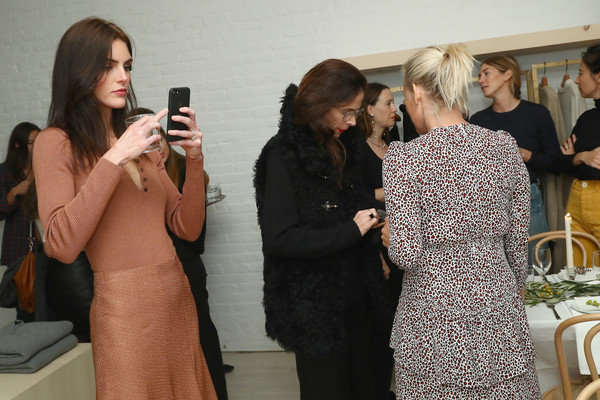 More Pics of Hilary Rhoda Henley (1 of 6) - Henley Lookbook - StyleBistro [meredith melling,amy astley,jenni kayne celebrates tribeca boutique,kate young,guests,jenni kaynes,hilary rhoda,dinner,fashion,event,dress,fashion design,photography,conversation,beige,selfie,haute couture,tribeca boutique,harrison street]