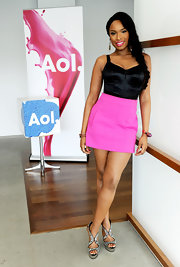 Jennifer was a hot mama in a black bustier top and hot pink mini at the AOL Music Sessions in Beverly Hills.