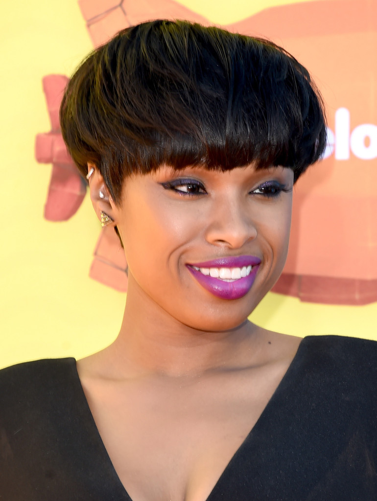 jennifer hudson bowl cut - jennifer hudson short hairstyles