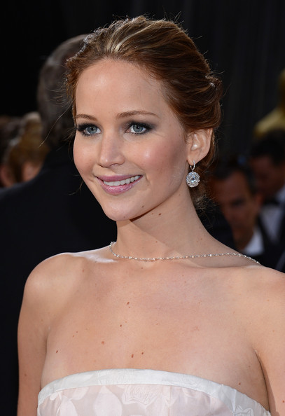 Jennifer Lawrence Dangling Diamond Earrings