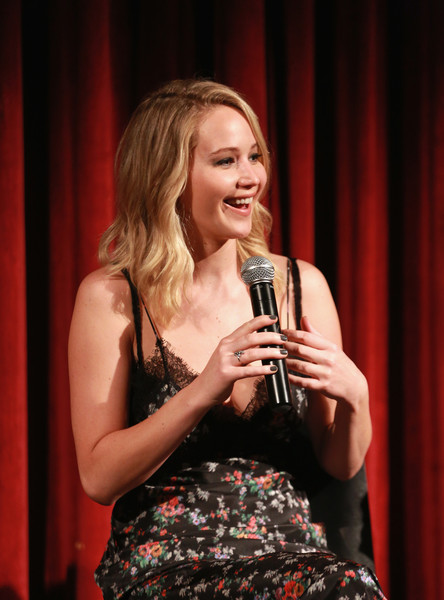 Jennifer Lawrence Gray Nail Polish [singing,performance,talent show,singer,performing arts,event,blond,music artist,photography,mother,jennifer lawrence,screening,moma - celeste bartos theater,new york city,academy of motion picture arts sciences,the academy of motion picture arts sciences,official academy screening]