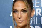 Jennifer Lopez Dangling Diamond Earrings
