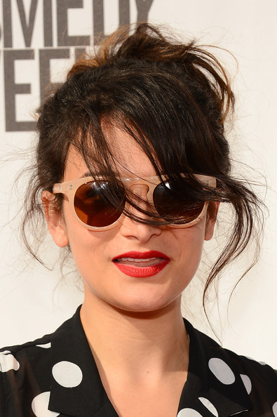 Jenny Slate Round Sunglasses [the big live comedy show,youtube comedy week presents,eyewear,hair,sunglasses,hairstyle,face,glasses,cool,lip,eyebrow,chin,jenny slate,culver city,california,culver studios,youtube comedy week]