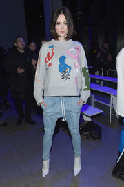 Coco Rocha showed off her funky style with a pair of drop-crotch skinny jeans.