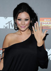 "Jenni Farley let her huge engagement ring take center stage at the season premiere of ""Jersey Shore."""