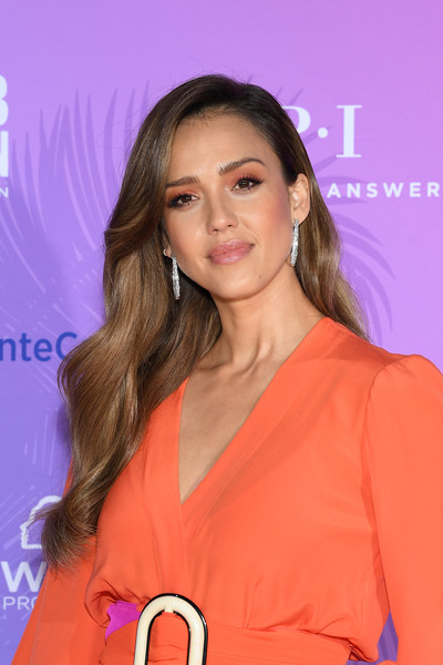 Jessica Alba Long Wavy Cut [hair,hairstyle,long hair,premiere,eyelash,event,layered hair,peach,smile,jessica alba,monte-carlo,monaco,tv series party,monte carlo tv festival]