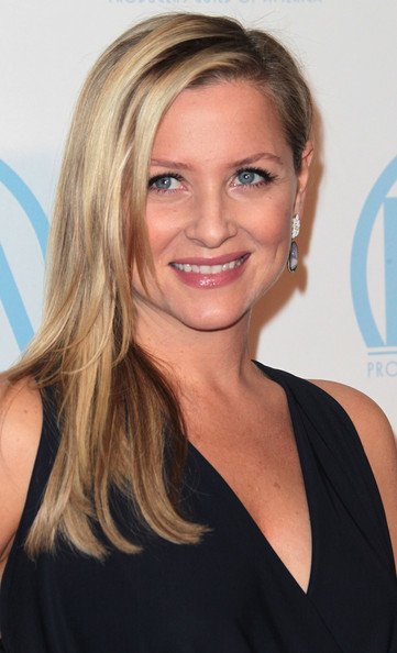 Jessica Capshaw Side Sweep