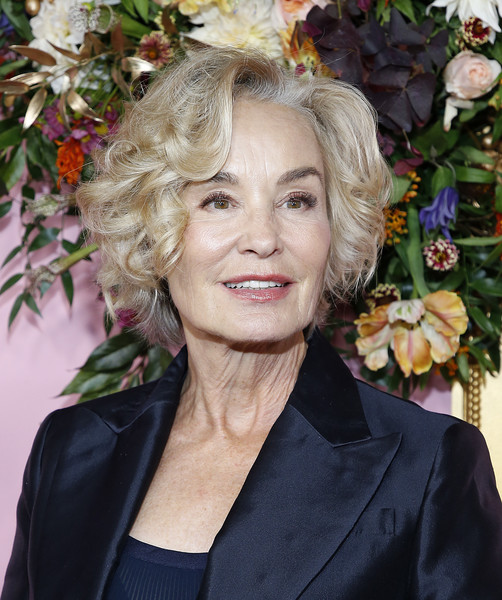 Jessica Lange Curled Out Bob [the politician,hair,face,hairstyle,blond,beauty,lady,lip,smile,long hair,ringlet,jessica lange,new york,dga theater,new york premiere]