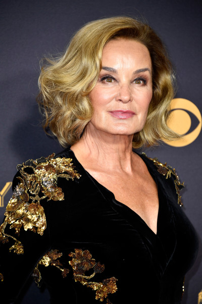 Jessica Lange Curled Out Bob [hair,blond,hairstyle,lady,chin,shoulder,layered hair,long hair,dress,ringlet,arrivals,jessica lange,microsoft theater,los angeles,california,primetime emmy awards]