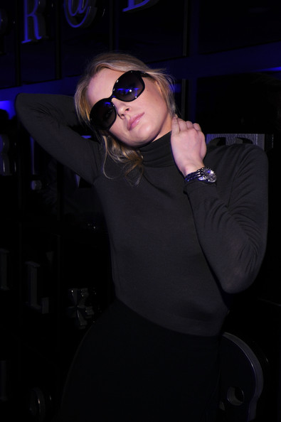 Jessica Stam Oversized Sunglasses