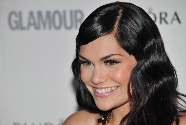 More Pics Of Jessie J Retro Hairstyle (4 Of 7)