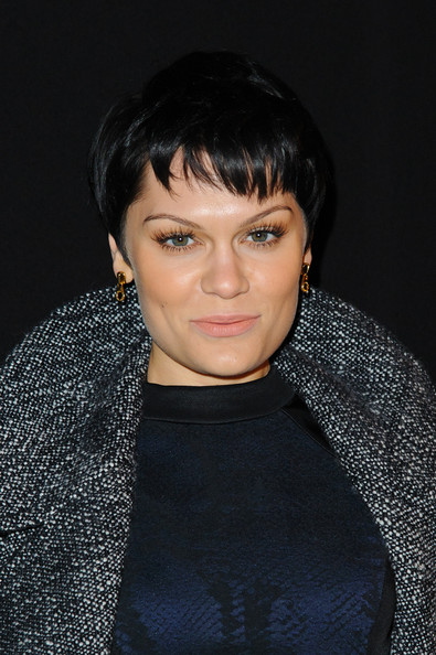 Jessie J Pixie [hunter original,aw14,show,hair,face,hairstyle,eyebrow,black hair,chin,forehead,cheek,lip,crop,jessie j,front row,london,england,university of westminster,london fashion week]