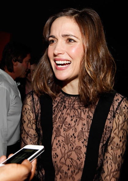 More Pics of Rose Byrne Little Black Dress (1 of 6) - Rose Byrne Lookbook - StyleBistro