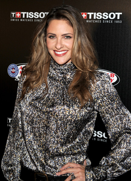 Jill Wagner Long Wavy Cut