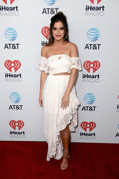 JoJo Fletcher Strappy Sandals [clothing,shoulder,white,dress,cocktail dress,strapless dress,joint,red carpet,hairstyle,carpet,jojo fletcher,a music experience,austin,texas,the frank erwin center,at t,red carpet,iheartcountry festival]