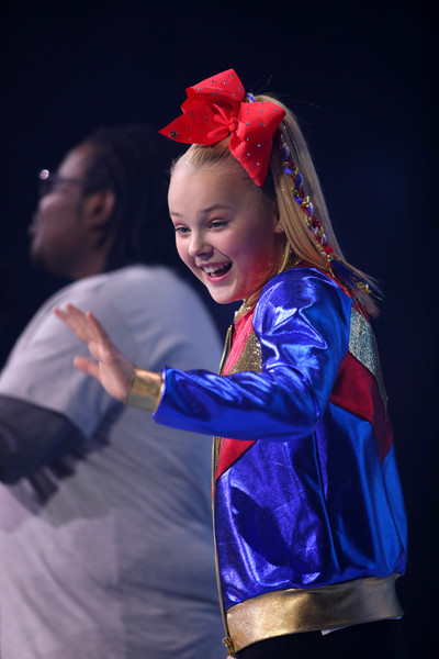 JoJo Siwa Hair Bow [blue,red,performance,fashion,talent show,event,performing arts,fun,child,dance,talent,author,ambassador,actress,sensation,youth,anti-bullying,minnesota,nickelodeon,we day]