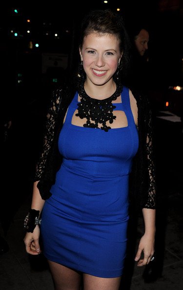 Jodie Sweetin Clothes