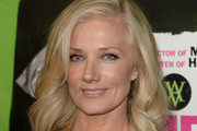 Joely Richardson Medium Wavy Cut