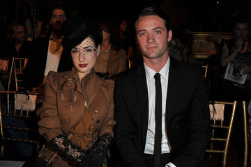 Dita Von Teese Louis-Marie de Castelbajac John Galliano - Paris Fashion Week Spring/Summer 2011 Front Row