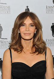 Jaclyn Smith attended the 2011 Odyssey Ball sporting a low-key beauty look. She wore a shade of beige lipstick that added just the right amount of shine. She teamed this with just a touch of blush and neutral eyeshadow.