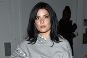 Halsey sported raven tresses with flippy ends at the Jonathan Simkhai fashion show.