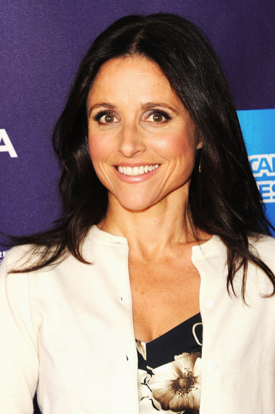 Julia Louis-Dreyfus Long Straight Cut