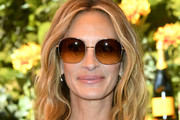 Julia Roberts Medium Wavy Cut