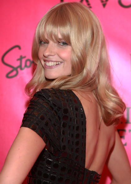 Julia Stegner Medium Curls with Bangs