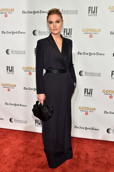 Julia Stiles Tuxedo Dress [red carpet,clothing,red carpet,dress,carpet,formal wear,suit,little black dress,fashion,tuxedo,premiere,julia stiles,new york city,cipriani wall street,ifp,29th annual gotham independent film awards]
