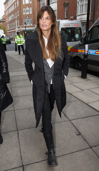 Jemima Kahn strolled in a pair of weathered black leather boots. The flat boots feature buckle embellishments.