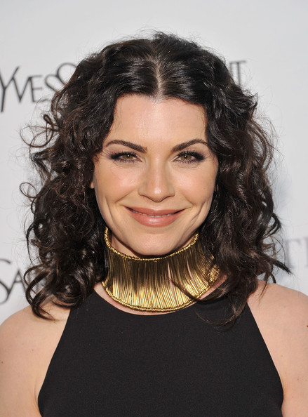 Julianna Margulies Gold Choker Necklace