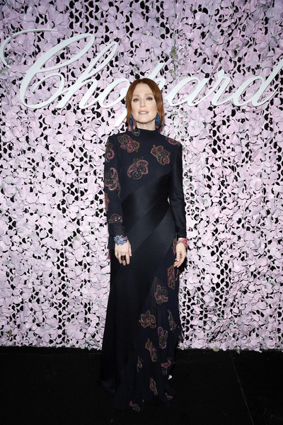 Julianne Moore Beaded Dress [clothing,fashion,dress,formal wear,fashion design,haute couture,fashion model,abaya,gown,style,julianne moore,cannes,france,chopard,chopard love night,dinner,love night dinner]