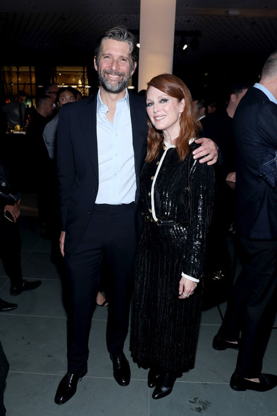 Julianne Moore Skirt Suit [fashion,suit,event,formal wear,little black dress,dress,haute couture,tuxedo,premiere,outerwear,harry winston,r\u00e9my martin,julianne moore,bart freundlich,martinat moma,2019 innovator awards,r\u00e3,new york city,wsj,magazine]