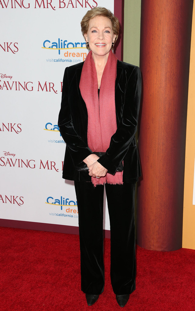 Julie Andrews Looks Stylebistro