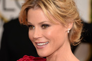 Julie Bowen Bobby Pinned updo
